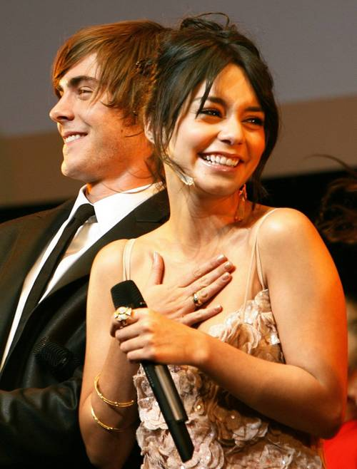 Vanessa_hudgens_zac_efron_high_sc_2