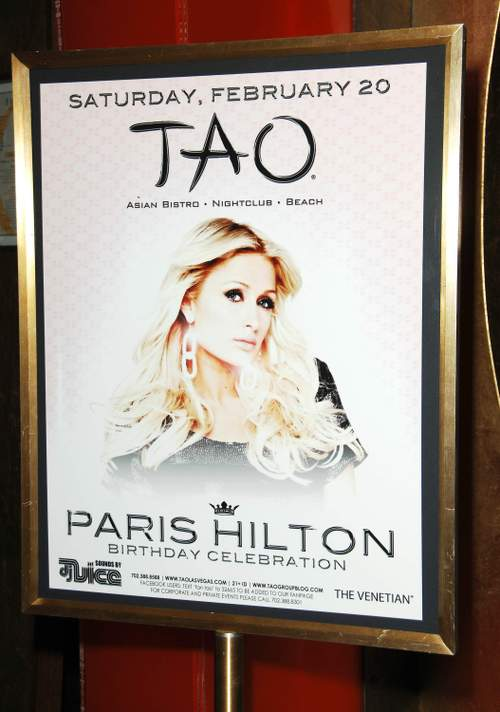 Paris_hilton_tao_nightclub_in_vegas